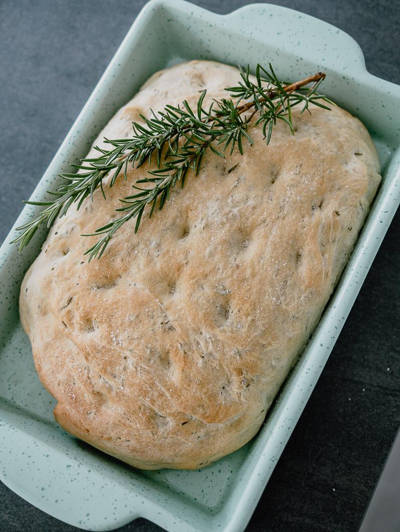 Italian Focaccia Bread: So Fluffy And Easy